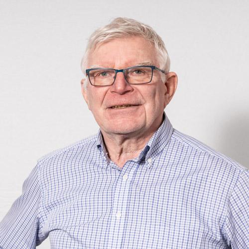 Heinz Senger, Geschäftsführer